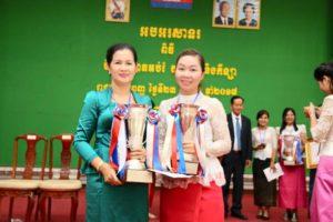 Chhiv Leng receiving her award